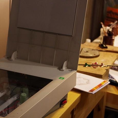 La gravure à l'aide d'une insoleuse UV