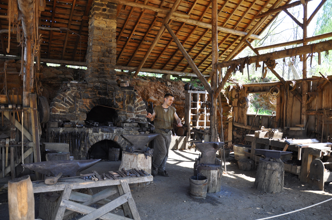 1000+ images about Medieval Forge on Pinterest   Museums ...