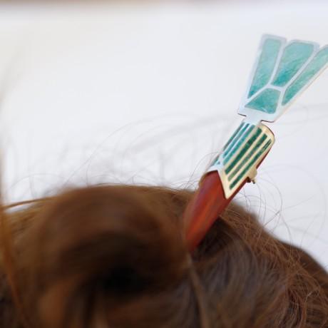 Pique à cheveux en plique à jour