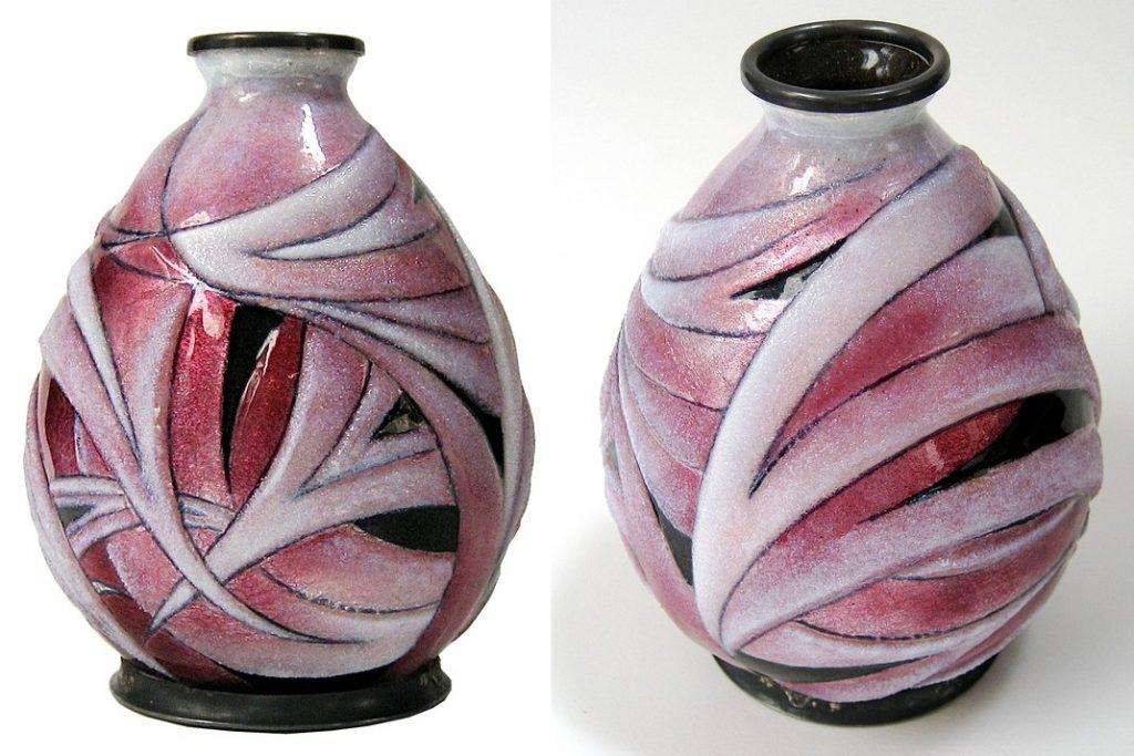 Vase Art Deco émaillé dans les tons roses, signé C. Fauré Limoges France, vers 1930