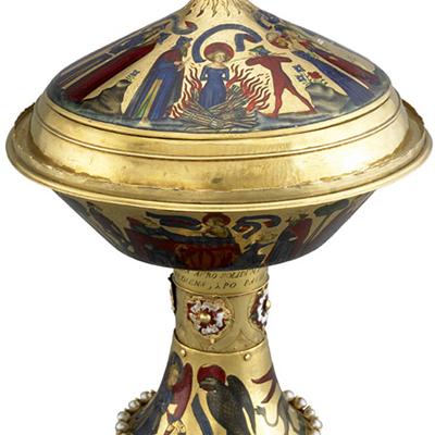 Période Gothique : La coupe d'or royale